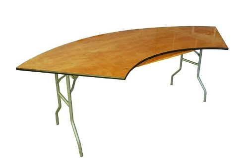 4' x 9' Serpentine Table<br><br>Serpentine tables can be put together to form many different shapes! $11.00 plus tax